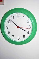 Orologio da parete in plastica verde quadrante bianco-Clock-Horloge