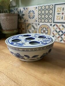 Vintage Blue And White Chinese Style Flower Frog Crocus Bowl Planter