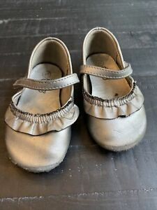 Toddler Girl Teeny Toes Size 4wide Silver Metallic Dress Shoes With Ruffle