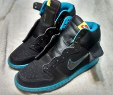*BOY'S SIZE 6Y YOUTH NIKE SHOES  BLUE  BLACK SIZE 6Y .