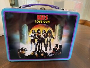 Kiss Collectible Love Gun Tin Lunch Box Kiss Alive 2 Kiss Cubed