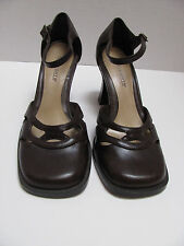 Womens Brown Highlights High Heel Shoes # 34801 Size 6, All Man Made Materials,