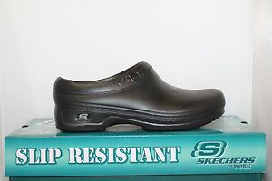 Womens Skechers 76381 OSWALD CLARA Slip Resistant Non Skid On Clogs Shoes Black