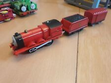 James - Thomas The Tank Engine Trackmaster Train With Carriage (Old made)