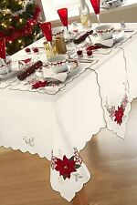 """CHRISTMAS FLORAL FLOWER WHITE RED PACK OF 4 NAPKINS 17"""" X 17"""""""
