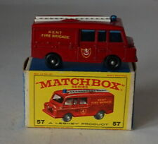 Matchbox 57c Land Rover Fire Engine