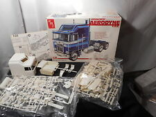 Model Semi Kit Kenworth Aerodyne C.O.E.