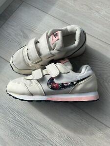 Nike Sneaker Gr. 29,5