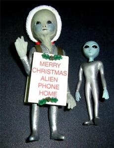 "2 1998 SHADOWBOX Neonate ALIEN CHRISTMAS FIGURE 3 3/4"" & 2.5"" Grey alien htf"