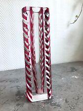 VASE moderne - Art déco - Cristal rouge et taillé VAL SAINT LAMBERT
