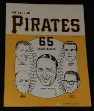 1965 - PITTSBURGH PIRATES - MLB - ROBERTO CLEMENTE - OFFICIAL YEARBOOK -ORIGINAL