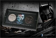 Batman The Dark Knight Harvey Dent Two Face Münzen Replika Movie Prop im Display