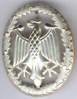 Bundeswehr Leistungsabzeichen in Silber, mit Herst. MB, an Nadel, Zust. I/II