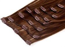 Lange Haarverlängerungen im Pferdeschwanz-Stil mit Hellbraun