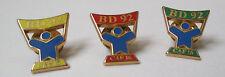 lot de 3 pin's BD 92 - CAF 16 (3 couleurs différentes) signés Arthus Bertrand