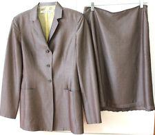 Tahari sz 6 shimmery taupe wool mahair rayon Classy ruffled Skirt Blazer Suit