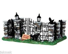Spooky Town IRON GATE & FENCE Set of 5 Lemax Halloween Cemetery Accent Pieces