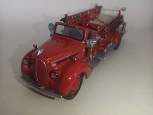 Franklin Mint 1938 ford fire engine scale 1/32 rare model. still boxed