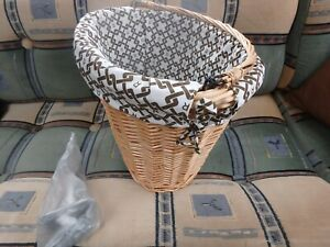 BIKE BASKET WICKER WITH HANDLE NICE COTTON LINING - ONE CLICK REMOVAL
