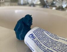 Shrek Pooping Toothpaste Topper