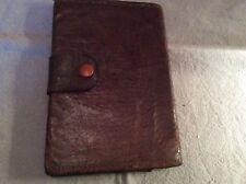 portefeuille ancien Cuir ecailles brun  . (/AZ)