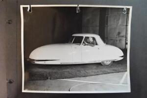 Vintage Photo RARE 1948 Davis Divan 3 Wheel Car w/ Top Up 919079