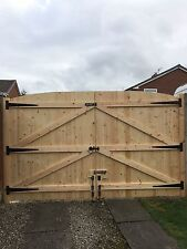 WOODEN DRIVEWAY GATES HEAVY DUTY GATES!! 6FT HIGH 11FT WIDE (TOTAL WIDTH)