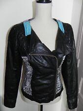 Jolie veste en cuir DDP Coloris bleu noir blanc : jacket vestido leather
