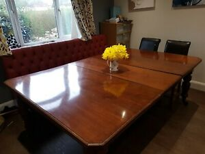 Large, extending, dining table, (Victorian. wind out)