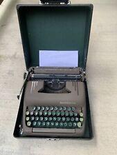 Vintage 1950's SMITH & CORONA SILENT Typewriter USA Green Keys Brown