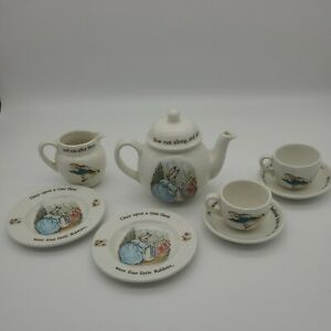 Vintage Wedgwood Beatrix Potter Peter Rabbit Miniature Children's Tea Set 8 Pcs