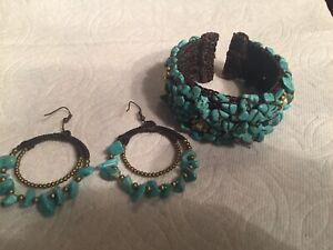 TURQUOISE  PEARL BEADED BRACELET  Cuff  bangle Earrings are included