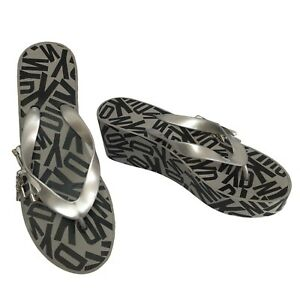 DKNY Women's Nina Thong Wedge Split Toe Casual Platform Sandals - Silver