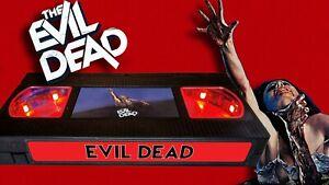 Evil Dead (1981) - Retro VHS Lamp +Remote Control - Bruce Campbell Horror Movie