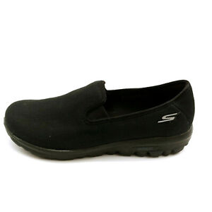 Skechers Womans Slip On Sneakers Black Canvas Upper Cushioned Insole Sz 10 W