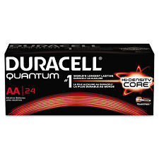 Duracell Quantum Alkaline Batteries with Duralock Power Preserve Technology AA