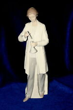 LLADRO #8152 IN THE LABORATORY BRAND NEW IN BOX FEMALE PHARMACIST LARGE SAVE$ FS