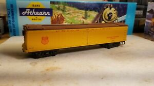 """HO Scale """"Union Pacific - Railway Express Agency 36"""" UPRR 36  50' boxcar reefer"""