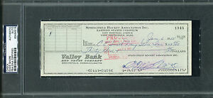 EDDIE SHORE Signed PSA/DNA Slabbed Indians Check w/ Photo BOSTON BRUINS HOF
