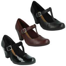 Calzado de mujer zapatos de salón Clarks de piel