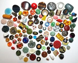 Lot of 123 ~ Vintage & Antique Plastic & Bakelite Sewing Buttons