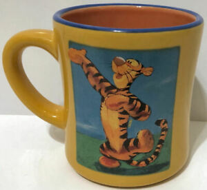 TIGGER ! Winnie the Pooh Mug ! Disney Store ! MINT Condition ! Rare ! HTF