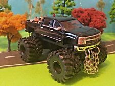 1/64 Custom Lifted Chevy Silverado Firewood Load, G6 Lift, Chains, CB Antenna