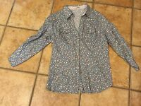 PAPAYA L  M COUNTRY WESTERN FLORAL BLUE PINK SNAP BUTTON DOWN RUCHED SHIRT LS