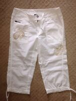 Women's INC International Concepts White Cropped  Embroidered Capri Pants-Size 4