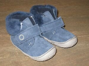 NEW UGG Jorgen Navy Blue Baby Booties Boots. NEVER WORN! Sz 6