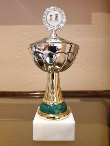 Pokal | Schachpokal mit Deckel | grün-gold-silberfarben | Sockel | ohne Gravur
