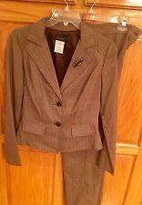 B. Smart Pants Suit Women's Size 6 3 Piece Brown Suit