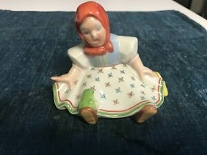 """SUPERB VINTAGE 4 1/2"""" Herend Hungary #5227 SITTING GIRL WITH FROG Figurine MINT"""