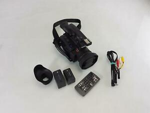 Panasonic AG-DVC30 Digital Video Camera